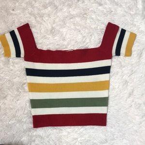 Off shoulder sweater crop